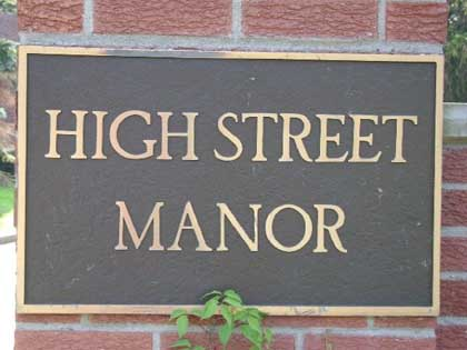 High Street Manor